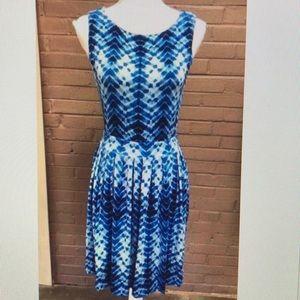 Tart  Cut - Out back blue print dress M